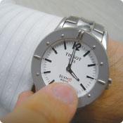 視覚障がい者用腕時計